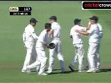Kiwis's take firm grip, ENG skittled for 167: 1st Test, Day 2 (Dunedin) - 2 of 2