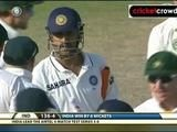 Winning moments: Dhoni almost leaves it too late as India win series (Mohali)
