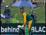 AB guides South Africa to win: 1st ODI  (Bay of Plenty)