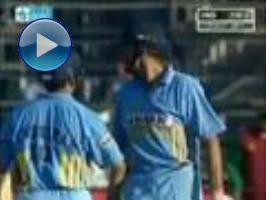Sachin gets another ton: 122 vs WI (2001)