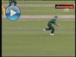 Gibbs Drops the Cup Again: RSA-NZ 2nd ODI Highlights