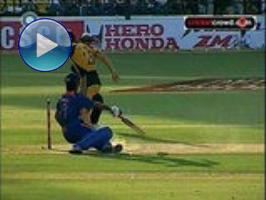 If looks could kill: Dhoni hit on head (Nagpur)