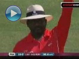 Rampaul rips up Pakistan: 5th ODI (Guyana)
