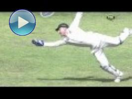 KP resists Aussies with timely century: 3rd Test, Day 3 (Manchester)