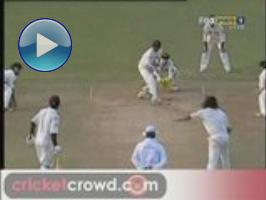 Ross Taylor defies England: 2nd Test, D1 Highlights (Old Trafford)